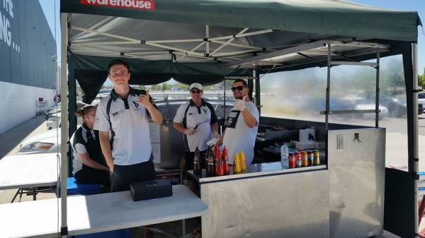 Fundraising for the Club – Bunnings' Sausage Sizzles